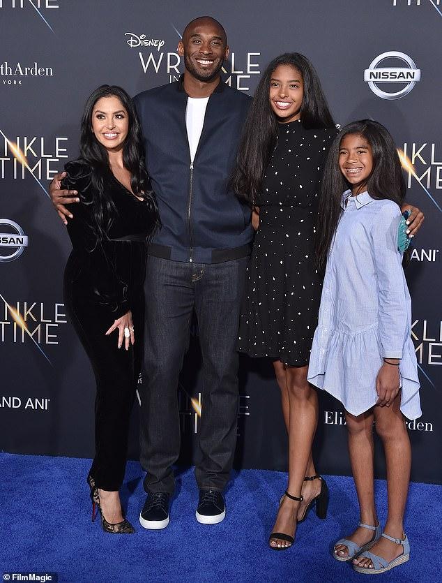 Kobe Bryant Plane Crash: American Basketball Legend Kobe Bryant Dies in Helicopter Crash - Breaking News 3
