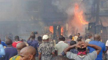 Another Fire Outbreak At Popular Balogun Market In Lagos Island [Video/Photos] 7