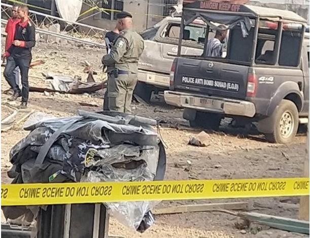 Pandemonium As Bomb Explosion Rocks Ekiti Government House [Photos] 4