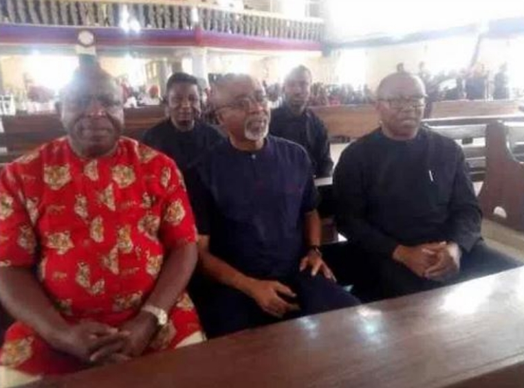 Peter Obi, Enyinnaya Abaribe, Victor Umeh Attends Burial Of Nnamdi Kanu's Parents In Abia 1