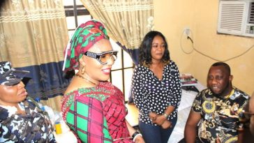 Anambra First Lady Intervenes On Health Challenges Of Nollywood Actor, Ernest Asuzu [Photos] 3