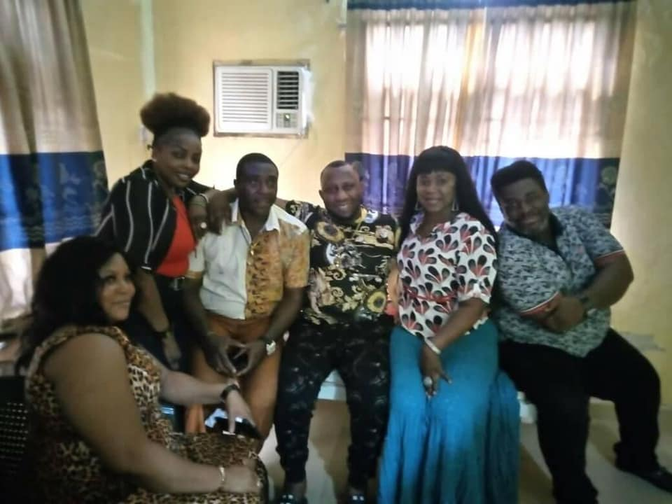 Anambra First Lady Intervenes On Health Challenges Of Nollywood Actor, Ernest Asuzu [Photos] 4