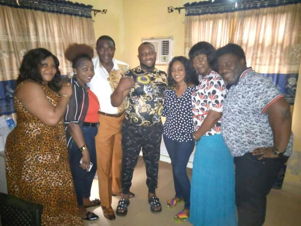 Anambra First Lady Intervenes On Health Challenges Of Nollywood Actor, Ernest Asuzu [Photos] 5