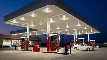 Fuel Scarcity: Filling Stations Shut Down Operation In Rivers Over Arrest Of Tanker Drivers 12