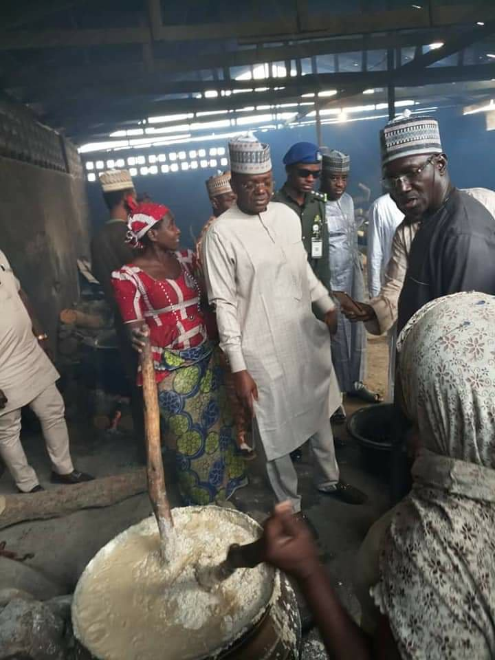 Zamfara Governor Orders School Principals, Teachers To Eat Poor Quality Meal Provided For Students 3