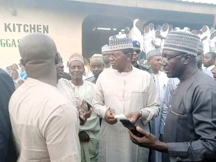 Zamfara Governor Orders School Principals, Teachers To Eat Poor Quality Meal Provided For Students 4