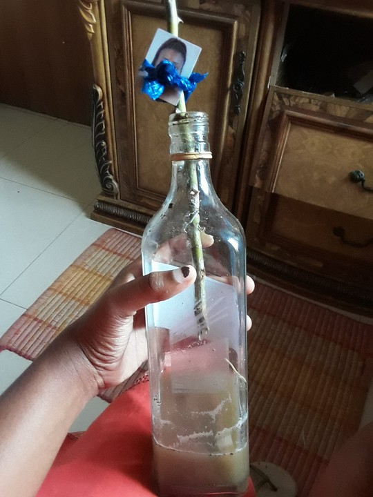 Lady Stumbles Upon Picture Of Herself In A 'Voodoo Bottle' In Her Best Friend's Closet [Photos] 2