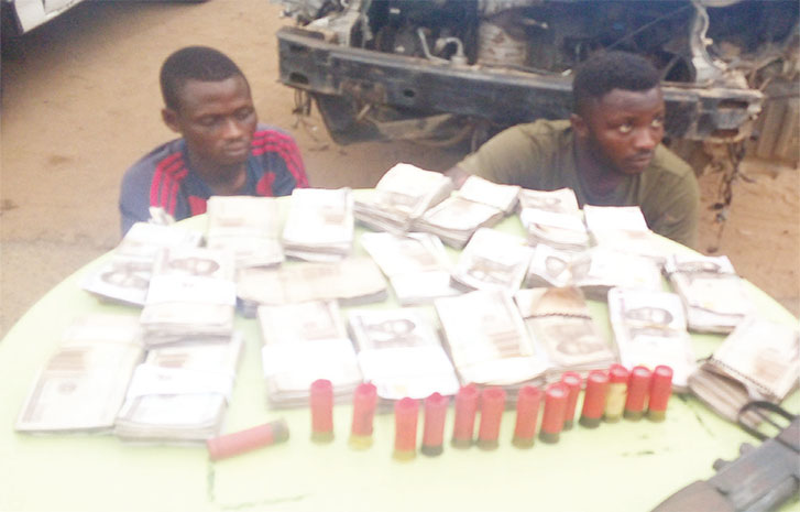 Police Recover N2 Million After Arresting Two Armed Robber During Gunfire Exchange In Oyo 1