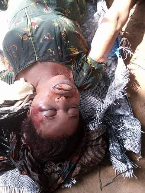 Lady Killed, Body Stacked In A Bag And Dumped On Road By Suspected Ritualists In Abia [Photos] 5