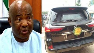 Governor Hope Uzodinma Attacked By Angry Youths In Imo State [Photo] 3