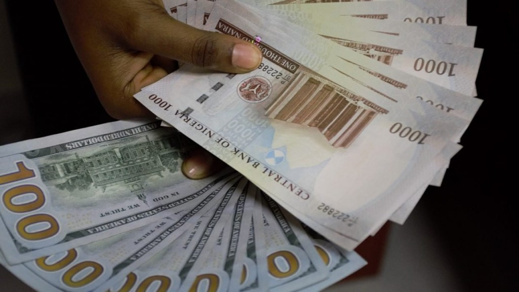 Naira Crashes As Dollar S For N420