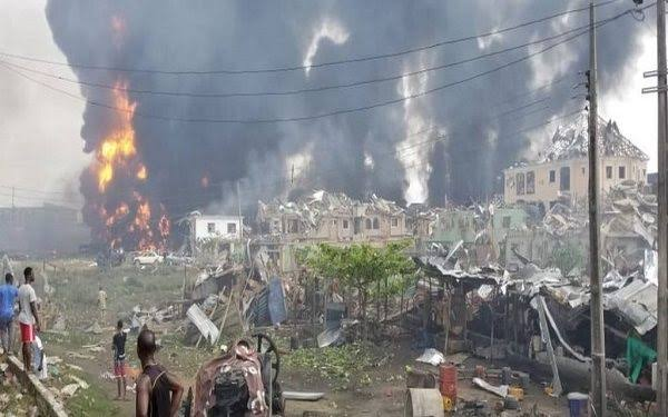 Suspected Pipeline Explosion Rocks Abule Ado In Lagos, Destroys Houses And Vehicles [Video] 1