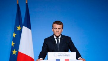 President Macron Orders Everybody In France To Stay At Home For 15 Days Due To Coronavirus 5