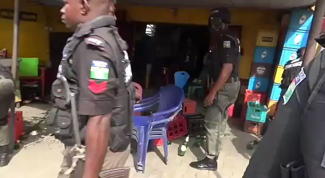 Coronavirus: Nigerian Police Destroys Goods Of Shop Owners Who Disobeyed Lockdown Order [Video] 1
