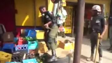 Coronavirus: Nigerian Police Destroys Goods Of Shop Owners Who Disobeyed Lockdown Order [Video] 2