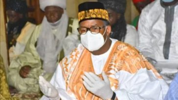 After Coronavirus Recovery, Bauchi Governor Ignores Social Distancing, Joins Other Worshippers For Jumat Prayers 10