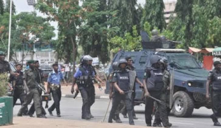 Police Kills Youth During Protest Over Coronavirus Lockdown In Anambra 1