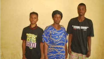 Mother And Son Arrested While Trying To Sell Stolen 4-Year-Old Boy For N300,000 In Niger 7