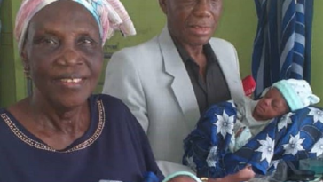 68-Year-Old Nigerian Woman Gives Birth For The First Time To Set Of Twin Babies In LUTH 5