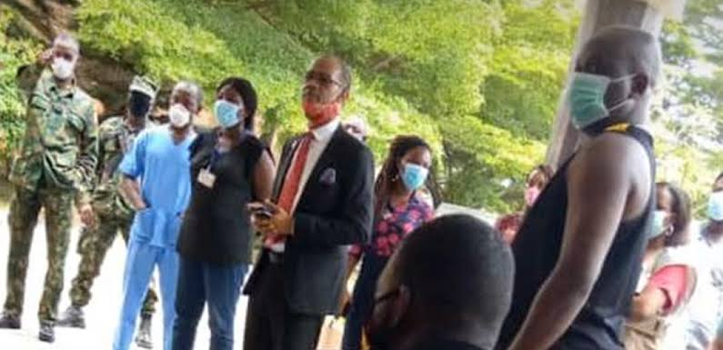 Dubai Returnees Protest As Lagos Government Attempts To Test Them For Coronavirus 1