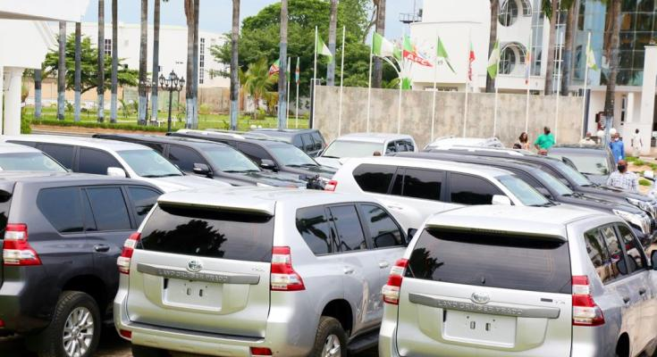 Governor Uzodimma Buys 20 Utility Vehicles For Imo Judges, Promises To Improve Their Welfare 2