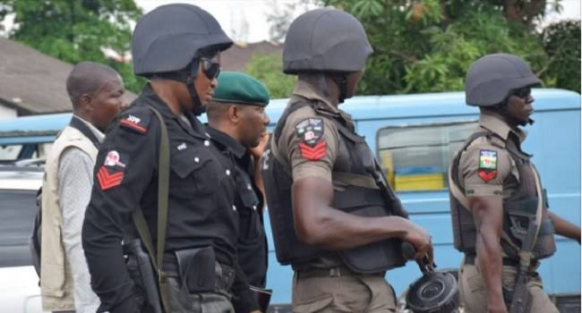 Police Rescues Abducted Army Captain, Two Nigerian Soldiers From Kidnapper's Den In Ondo 1