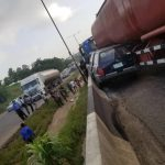 One Dead, Many Injured As Trailer Loses Control And Rams Into Multiple Vehicle At Otedola Bridge 28