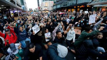 Thousands Across The World Ignore Social-Distancing, Joins Protests Against Death Of George Floyd 7