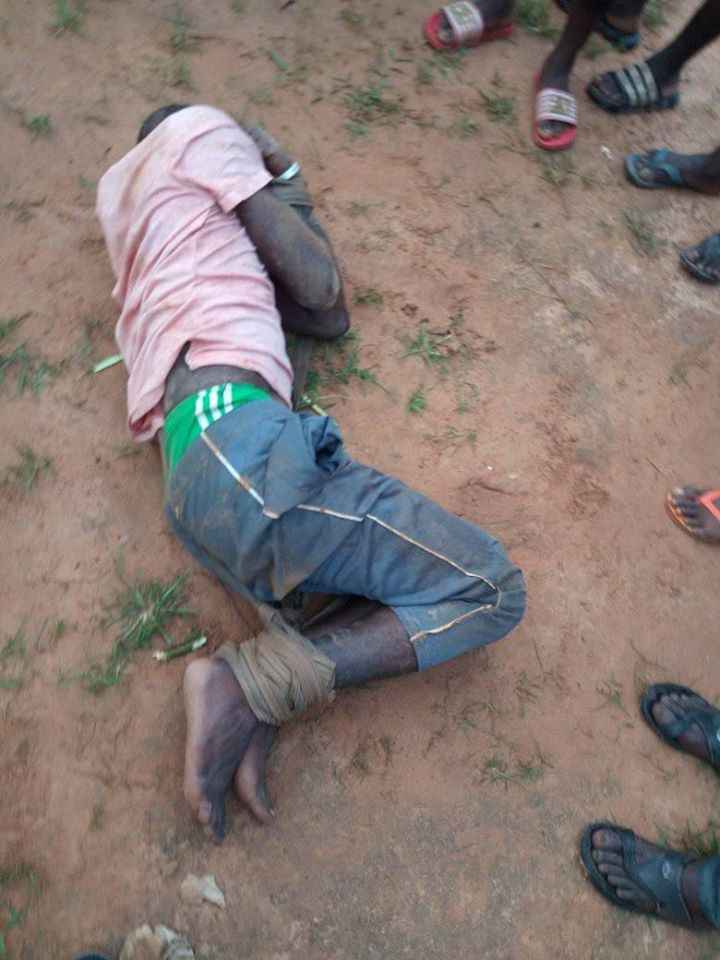 Man Beaten Mercilessly After Being Caught Defiling 6-Year-Old Girl Inside Church In Benue [Photos] 3