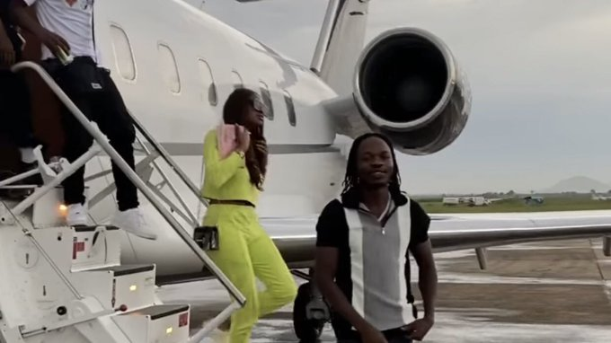COVID-19: Nigerian Government Suspends Airline Which Flew Naira Marley To Abuja For Concert 1