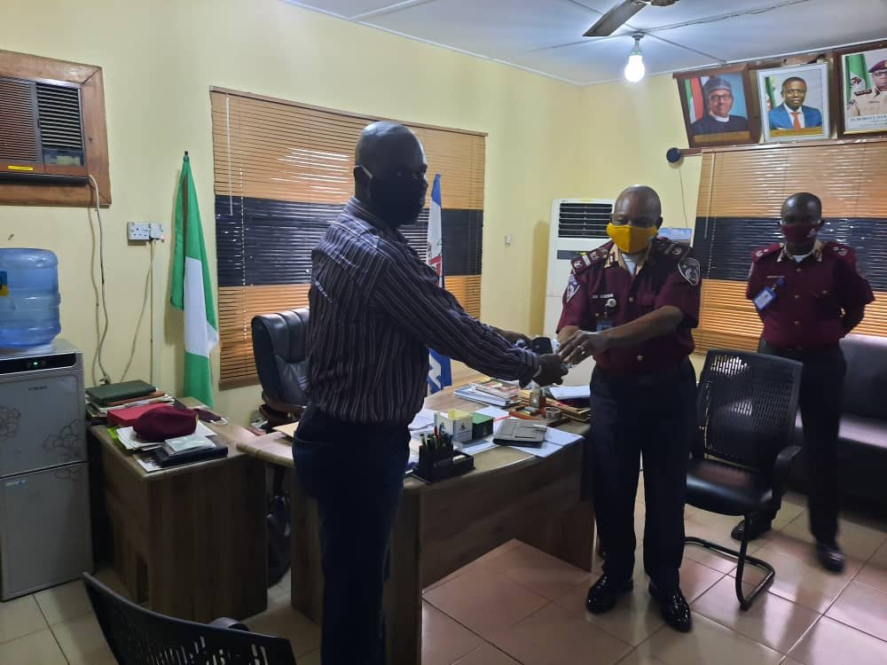 FRSC Commends Guild of Professional Bloggers of Nigeria For Donating Face Masks To The Agency 1