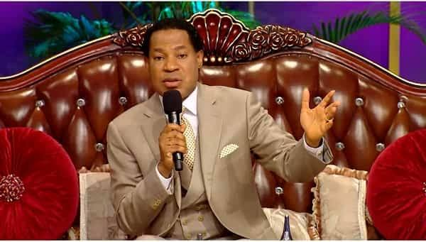"""""""You Can't Believe In Jesus And Be Afraid Of Touching Covid-19 Patients"""" - Pastor Chris Oyakhilome [Video] 1"""