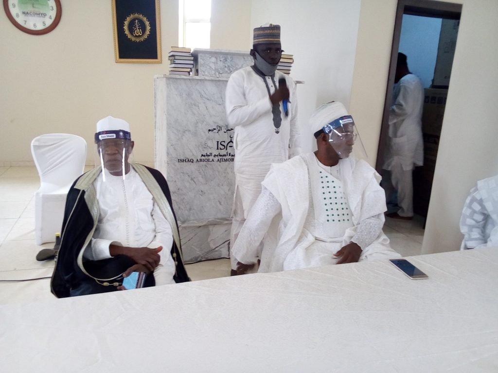 Islamic Clerics, Others Attends Abiola Ajimobi's Burial Amidst Heavy Security In Ibadan [Photos] 7