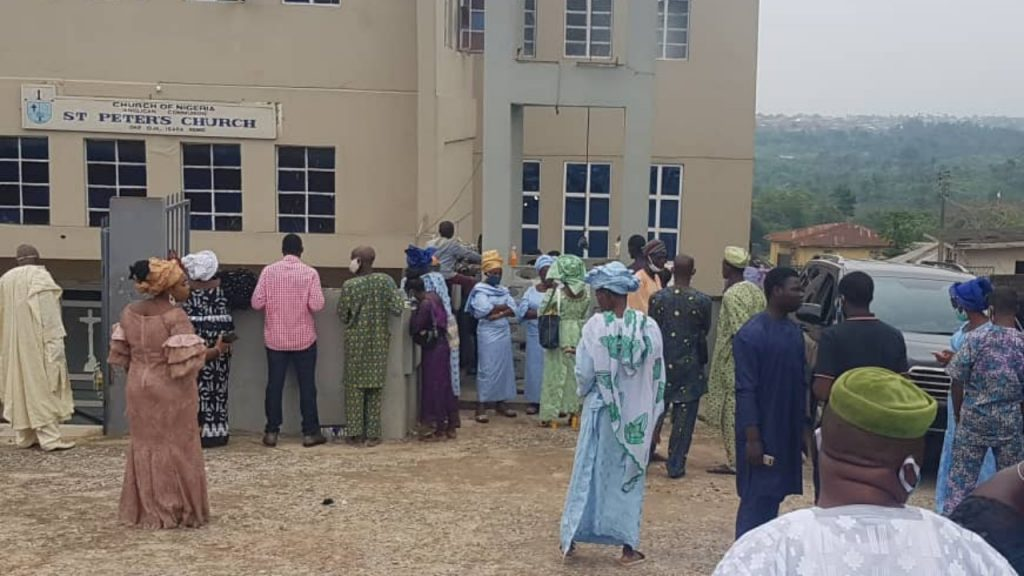 Obasanjo Observes COVID-19 Protocol At Mother-In-Law's Burial, Shuts Out His Associates [Photos] 2