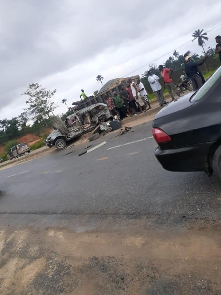 Doctor Dies In Car Accident On Her Way Home After Completing Her NYSC Programme [Photos] 2