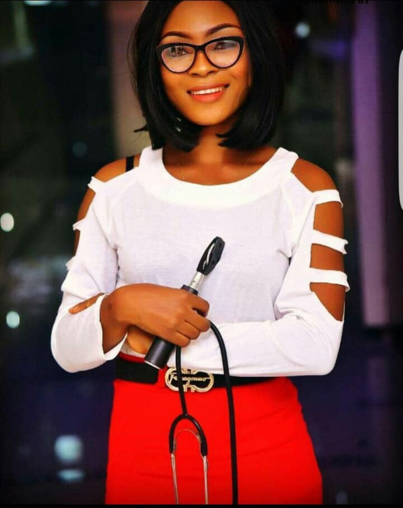 Doctor Dies In Car Accident On Her Way Home After Completing Her NYSC Programme [Photos] 5