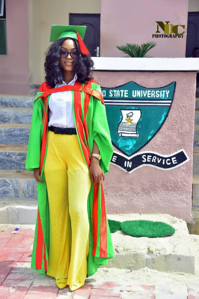 Doctor Dies In Car Accident On Her Way Home After Completing Her NYSC Programme [Photos] 3
