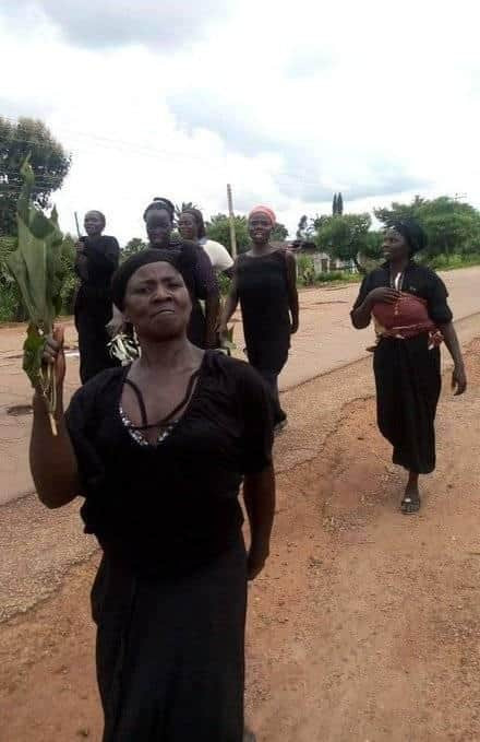 Southern Kaduna Women Protest Naked Over Recent Killings, Demands Justice [Photos] 6