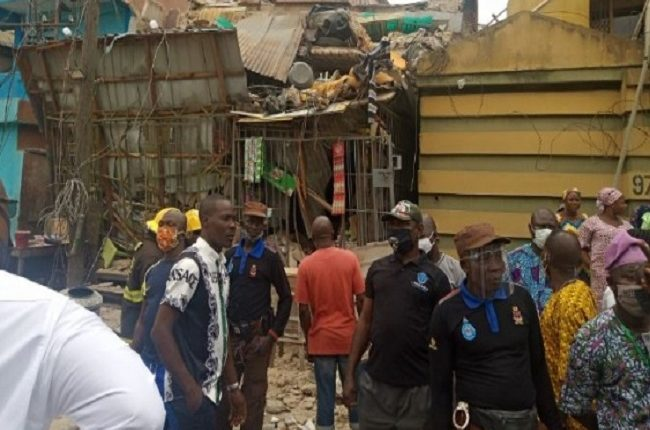 Many Feared Dead As Three-Storey Building Collapses In Ebute-Metta Area Of Lagos [Photos/Video] 6