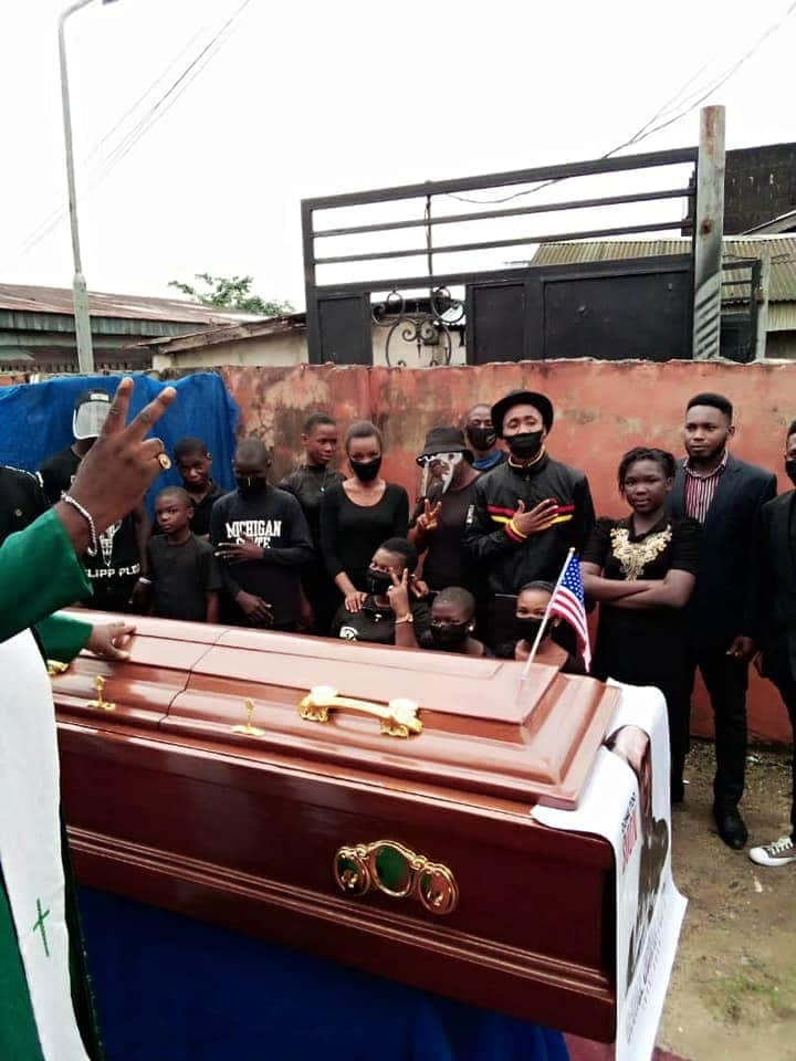 Nigerian Pastor Re-Buries George 'Obinna' Floyd In Imo State [Photos] 5