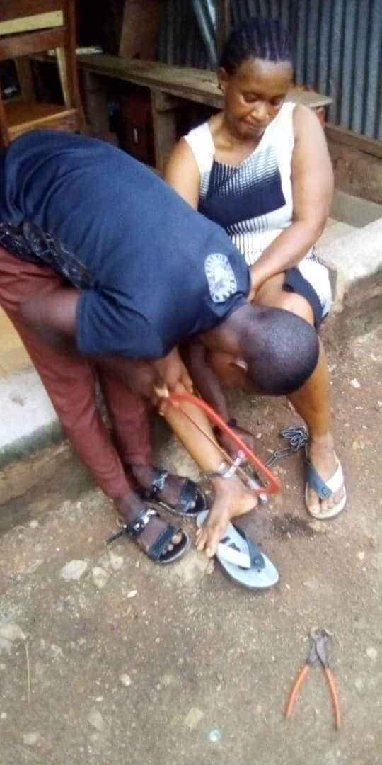 Woman Rescued After Being Chained To A Pillar By Her Abusive Husband In Ebonyi [Photos] 2