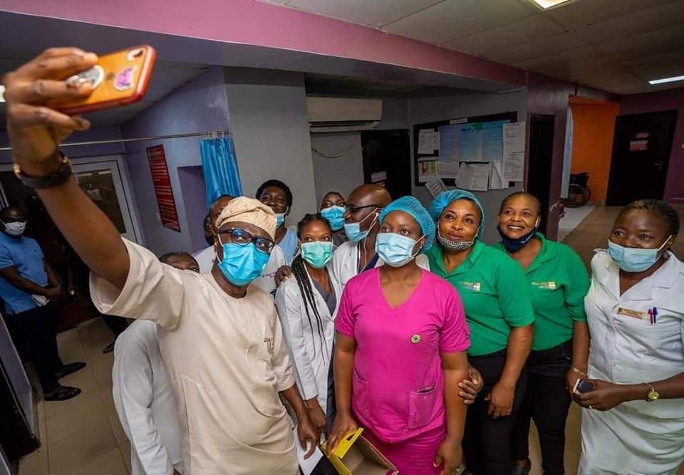 Sanwo-Olu, wife celebrate Eid-el-Kabir with patients, health practitioners at hospitals 4