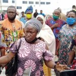 Parents Protest As Ogun Government Imposes N25,000 COVID-19 Test Charges On Students 28