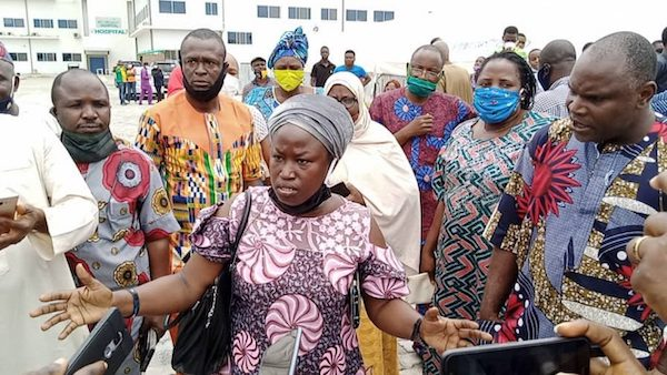 Parents Protest As Ogun Government Imposes N25,000 COVID-19 Test Charges On Students 1