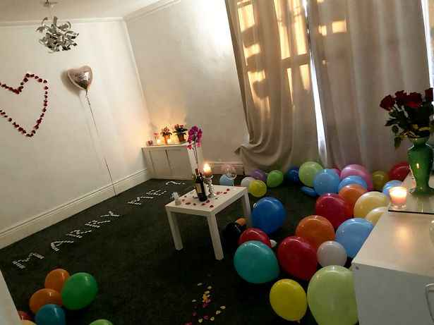 Man Accidentally Burns Down His Apartment As His Romantic Proposal Goes Horribly Wrong 4