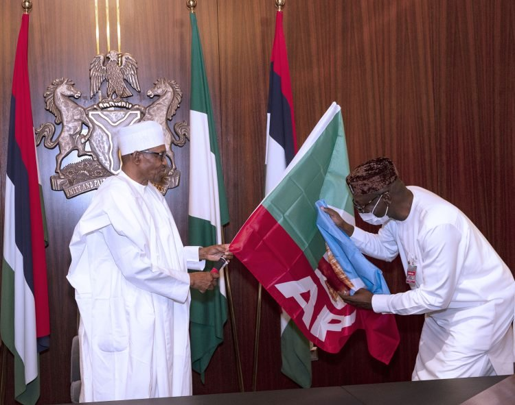 President Buhari Endorses Pastor Ize-Iyamu For Edo Governorship, Hands Over APC Flag [Photos] 4