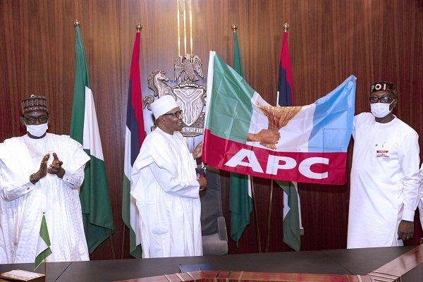 President Buhari Endorses Pastor Ize-Iyamu For Edo Governorship, Hands Over APC Flag [Photos] 1