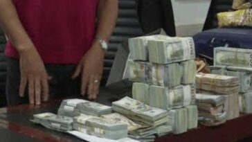 Two Lebanese Men Arrested While Attempting To Smuggle $890,000 Cash Out Of Nigeria 4