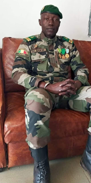 See The Soldier That Overthrew Malian president today and arrested the president, senior military commanders and top government officials 2