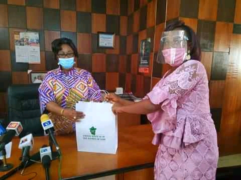 Enugu Woman Receives N1m After Returning N13m Mistakenly Paid Into Her Bank Account 2